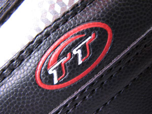 آرم برند کفش تن تاک