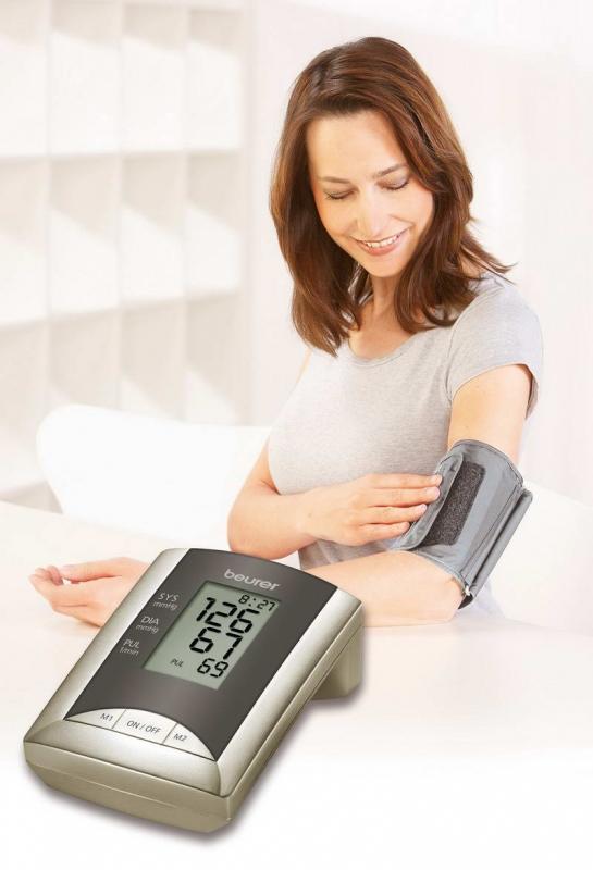 اندازه گیری فشار خون با فشارسنج بیورر